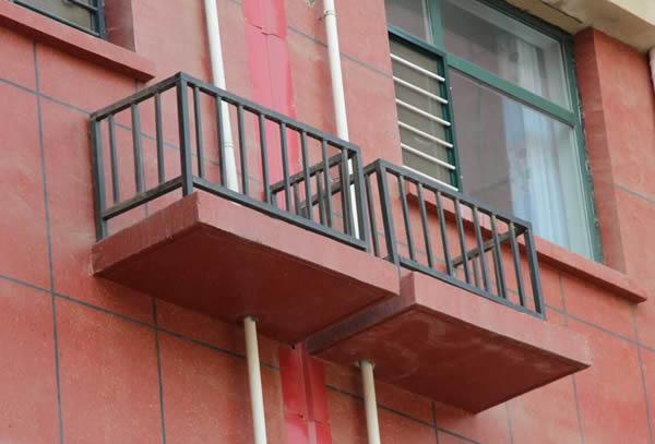 空调室外机护栏